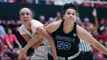 Buffalo struggles to slow down Lexie Hull, No. 3 Stanford