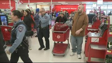 Kids Go Shopping With Cheektowaga Police