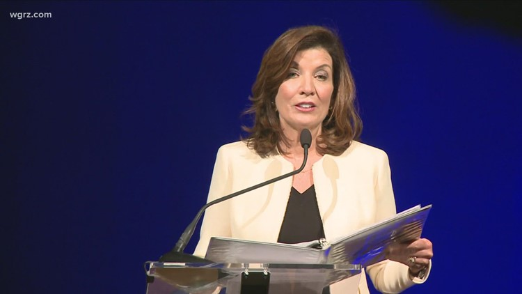 Gov. Kathy Hochul signs Open Meetings law to increase transparency