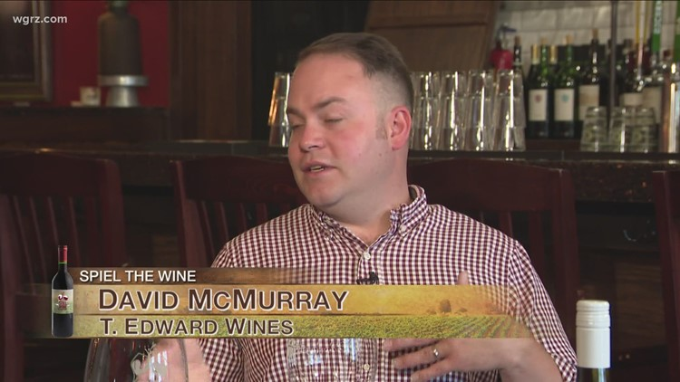 Kevin is joined by Dave McMurray to try the Cinquante-Cinq Viognier for this week's second Wine of the Week