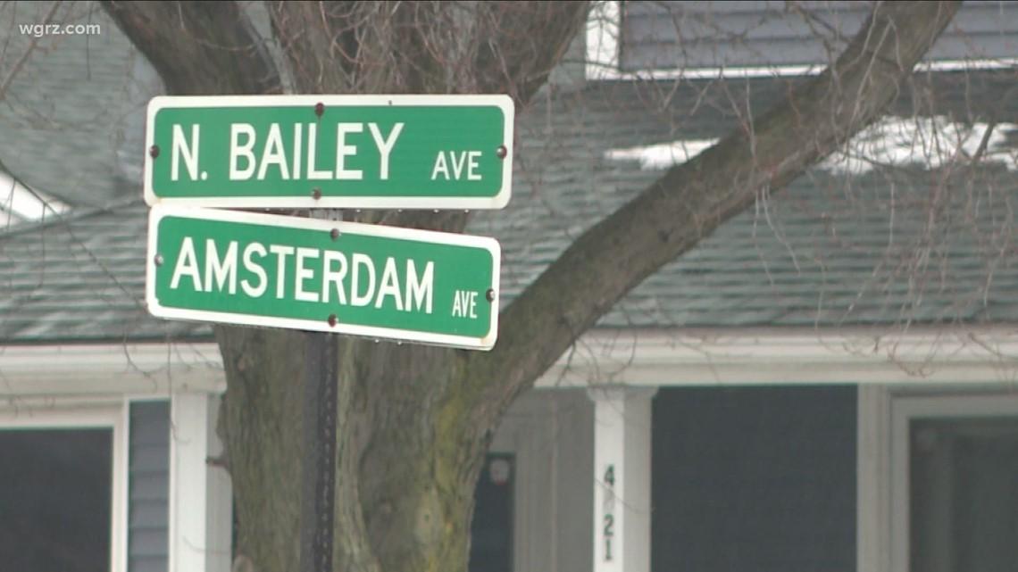 3 injured in Amherst crash involving stolen truck