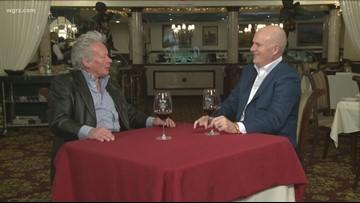 Kevin is joined by legendary bartender Jim Hambridge of Sinatra's Restaurant