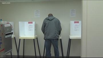 New York Legislature approves early voting