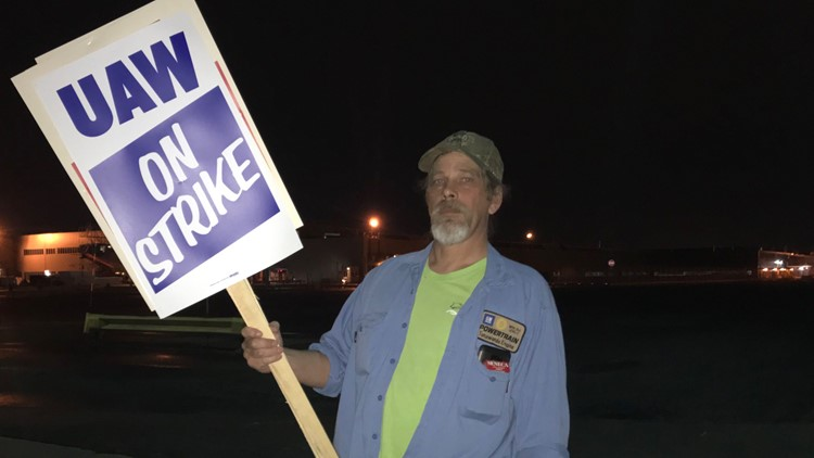 Thousands of WNY workers walk out as part of national GM strike