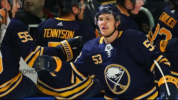 Skinner leads Sabres past Panthers