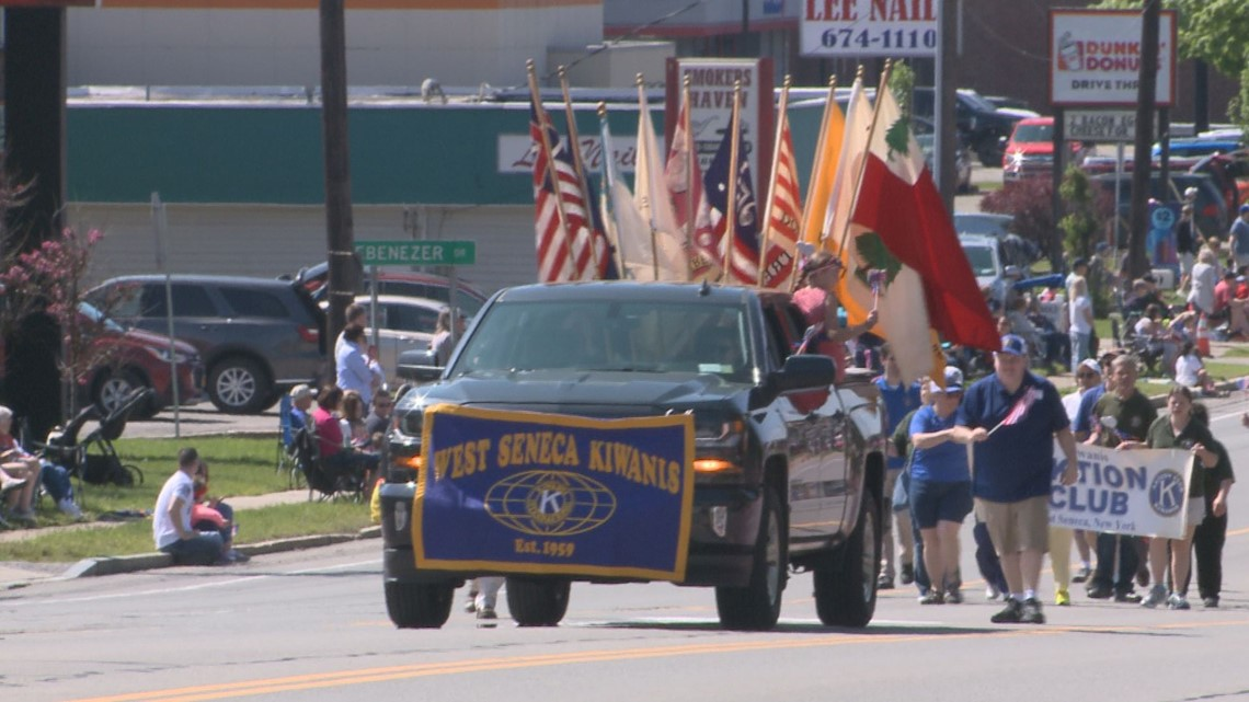 picture perfect weather for annual memorial day parade in