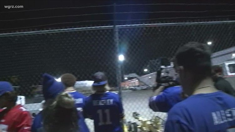 Bills fans welcome team home at the airport