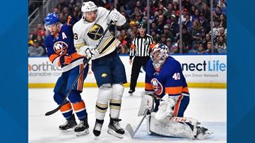 Varlamov, Islanders blank Sabres to notch 9th straight win
