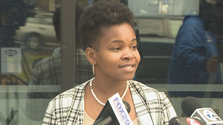 Walton repeats she will not layoff police in response to the latest Brown TV ad