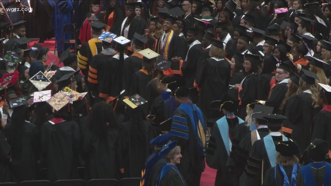 New York State pushes for outdoor graduations