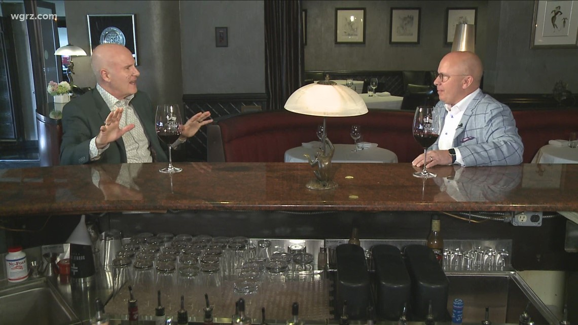 Kevin is joined by Dave Schutte to discuss Oliver's Restaurant Catering and Remodel