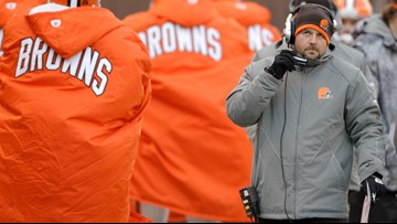 Why is Buffalo Bills' offensive coordinator Brian Daboll a finalist to fill Cleveland Browns' coaching vacancy?