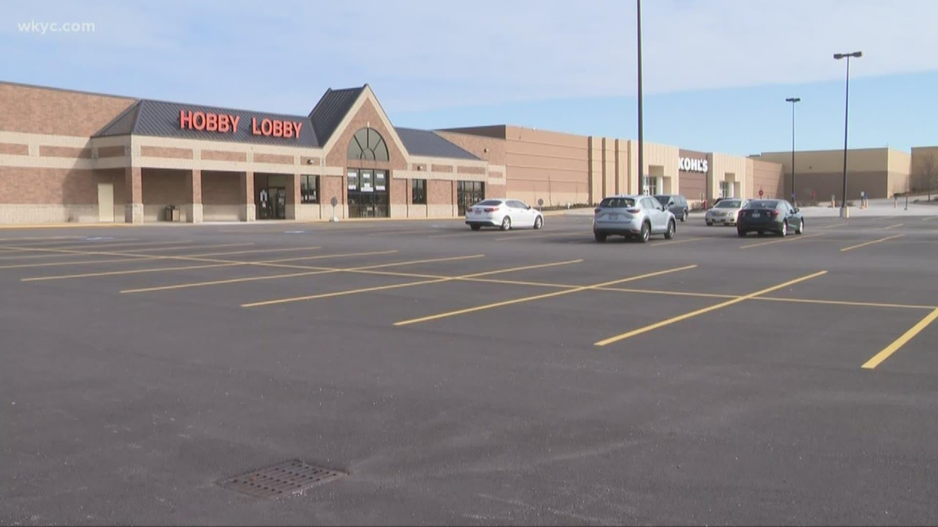 Hobby Lobby reverses decision, will now close all Ohio ...